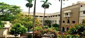 moulana azad college